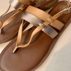 Women's So rosegold and tan sandal